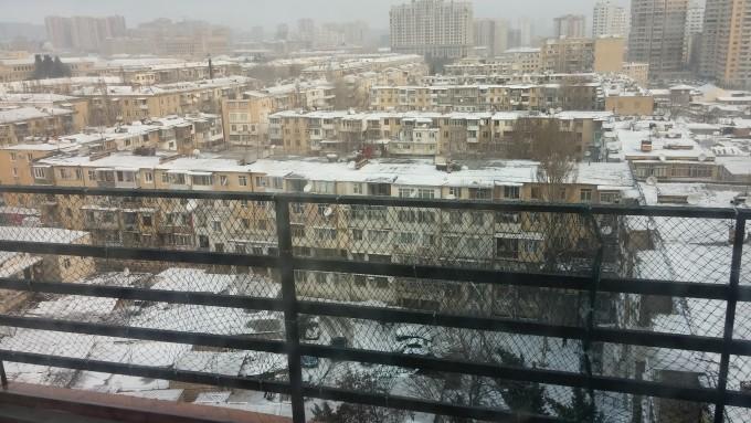 Зима в Баку