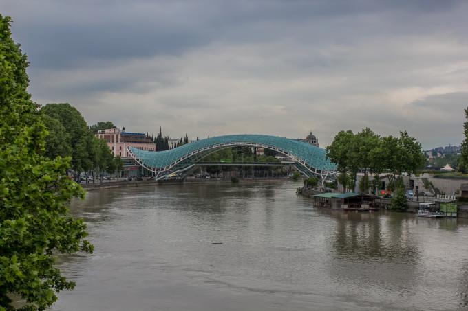 """Мостът """"Мира"""", Тбилиси, Грузия"""